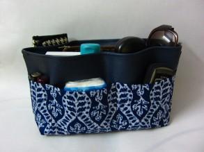Navy Blue Bag Organizer 9L x 6H x 4W in (RM18)